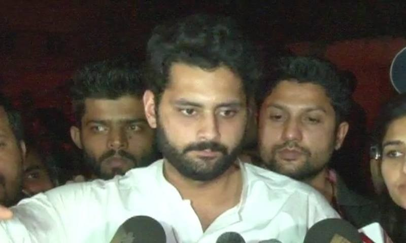 DawnNews screengrab showing activist Jibran Nasir speaking to the media after being released from police custody.