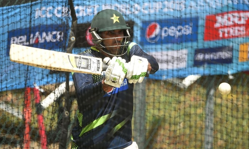 LIVE | Younis out, Rahat in as Pakistan bats first