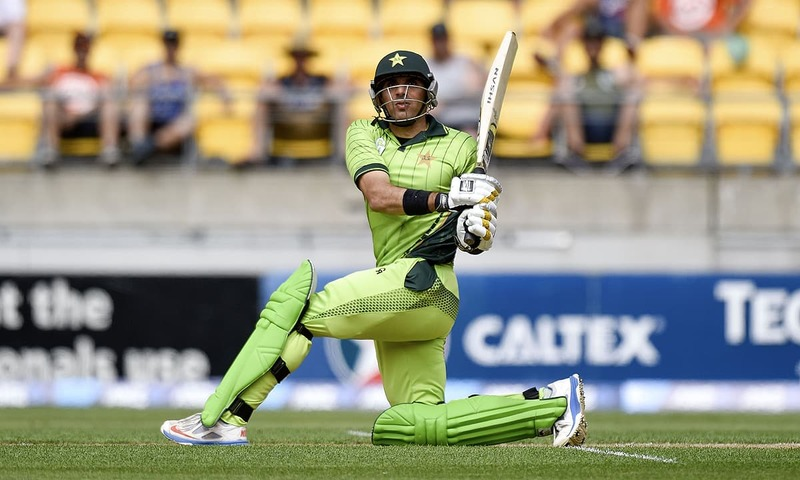 LIVE | Maqsood falls as Pakistan look for late push