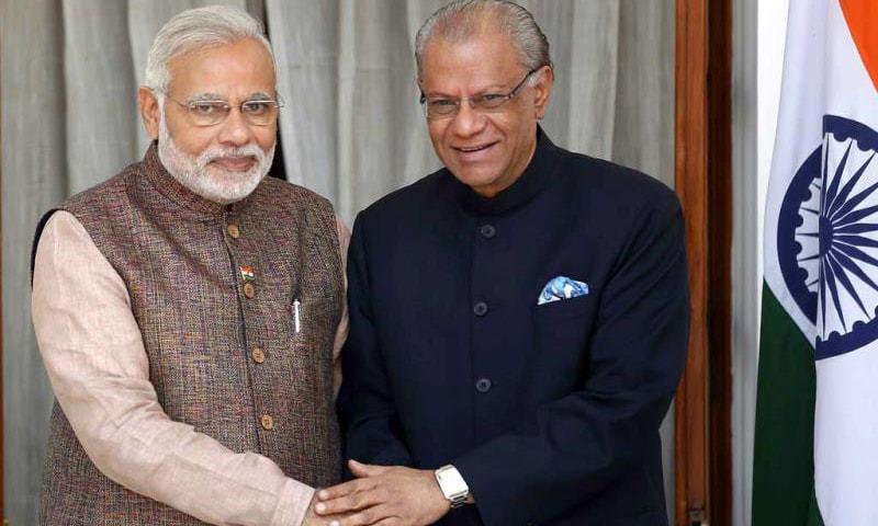 Prime Minister Narendra Modi shakes hands with his Mauritian counterpart Navinchandra Ramgoolam in New Delhi. —Reuters/File