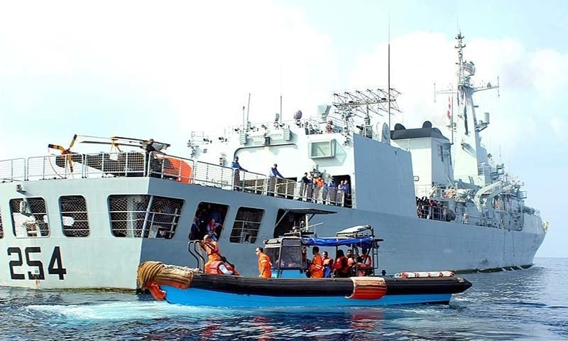 Pakistan Navy Ship has sailed back for Pakistan after successful evacuation of 147 Pakistani Nationals including men, women and children and 36 foreign Nationals stranded in Al Mukalla, Yemen. — APP