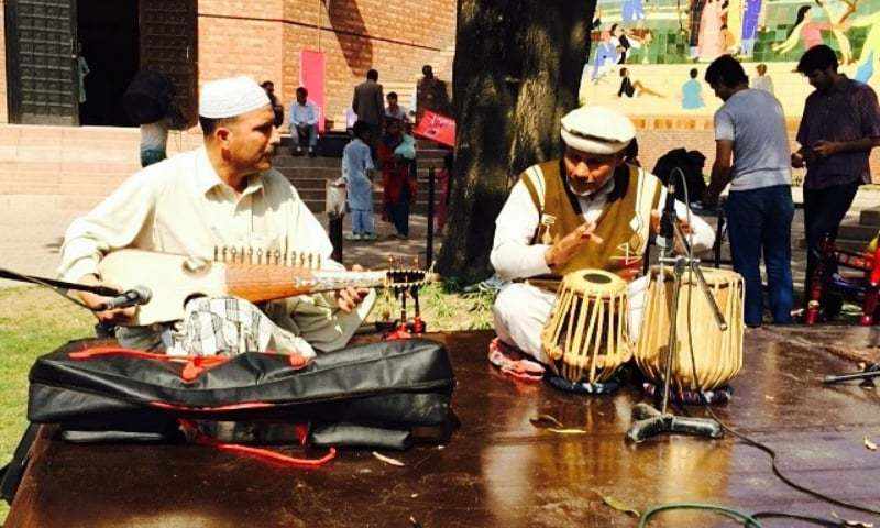 Plenty of musicians staged outdoor performances. — Photo: Lahore Music Meet