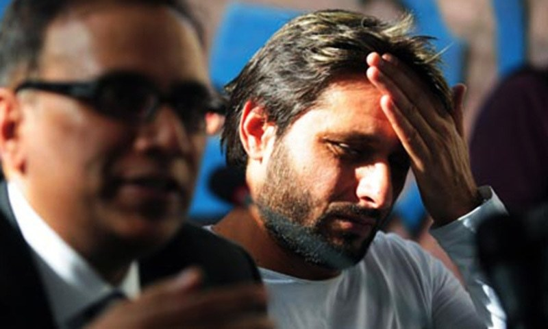 Seniors should either step up or step down: Shahid Afridi