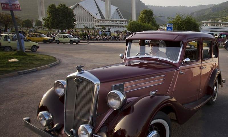 پرانی گاڑیوں کا مہنگا شوق