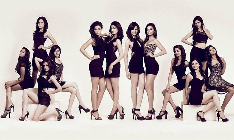 Hot facebook girls college Sexy College