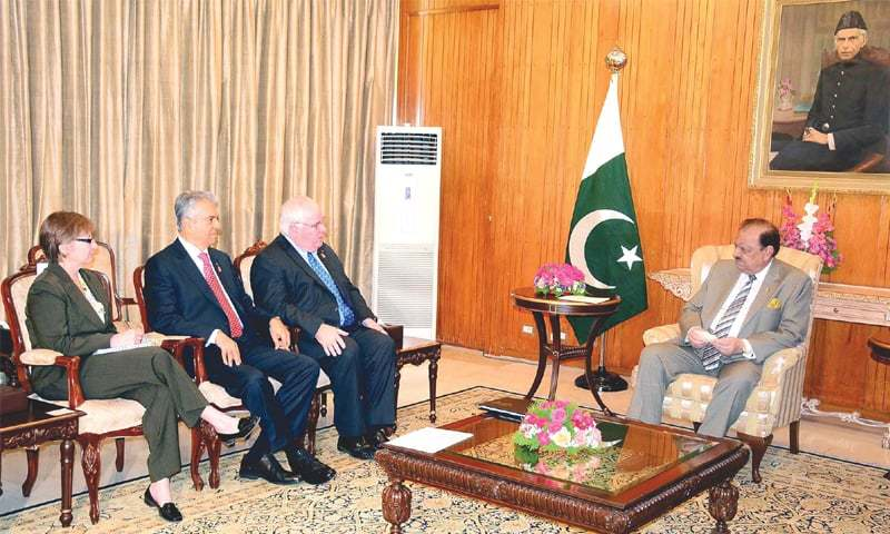 ISLAMABAD: President Mamnoon Hussain at a meeting with a delegation led by Chairman of the International Polio Plus Committee Michael K. McGovern here on Tuesday.—PPI