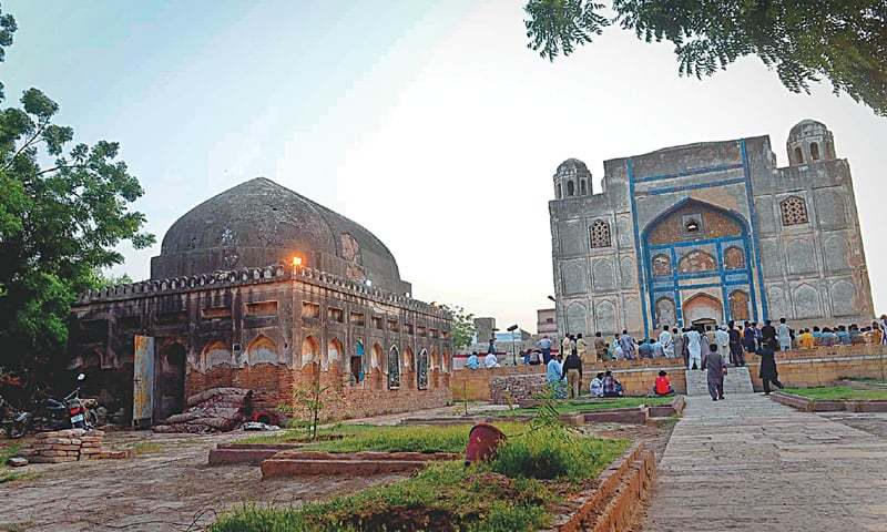 A consultation meeting organised by the Endowment Fund Trust for Preservation of the Heritage of Sindh at the mausoleum of Mian Ghulam Shah Kalhoro in progress on Friday.—Fahim Siddiqi / White Star