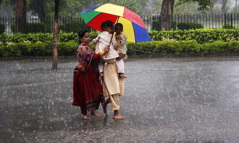 بارشوں اور سیلاب سے تباہی