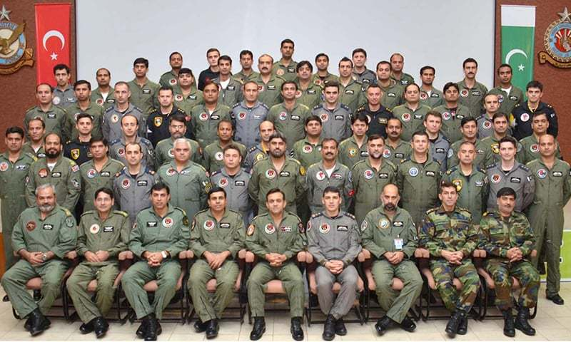 A group photograph of air crew of Pakistan and Turkish air forces at the culmination of TUSAP Raiders. — APP