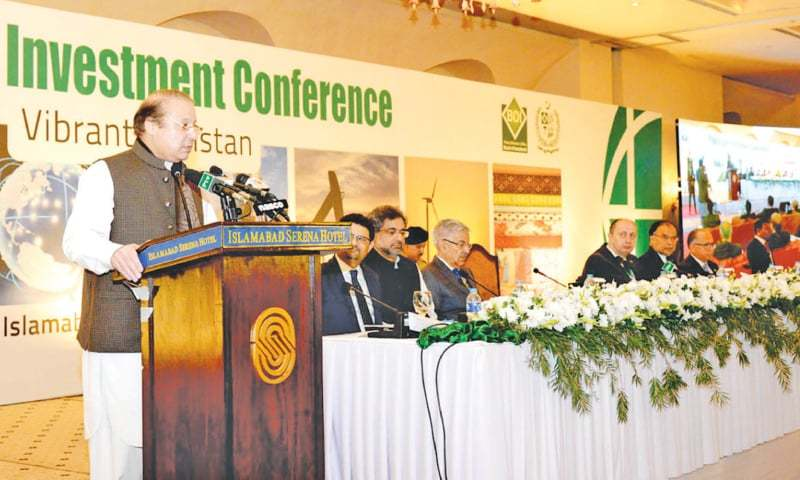 Prime Minister Nawaz Sharif addressing the Pakistan Investment Conference in Islamabad last week. Board of Investment Chairman Miftah Ismail said 620 local and foreign investors participated in the two-day conference.—PID