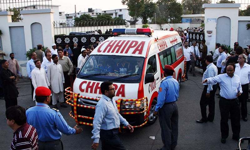 Ambulance seen carrying Jamiluddin Aali's coffin. ─ Online