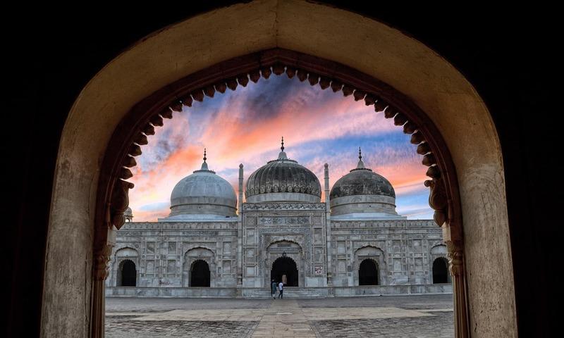 Abbasi Mosque in Bahawalpur  — Photo by Asma Shahid