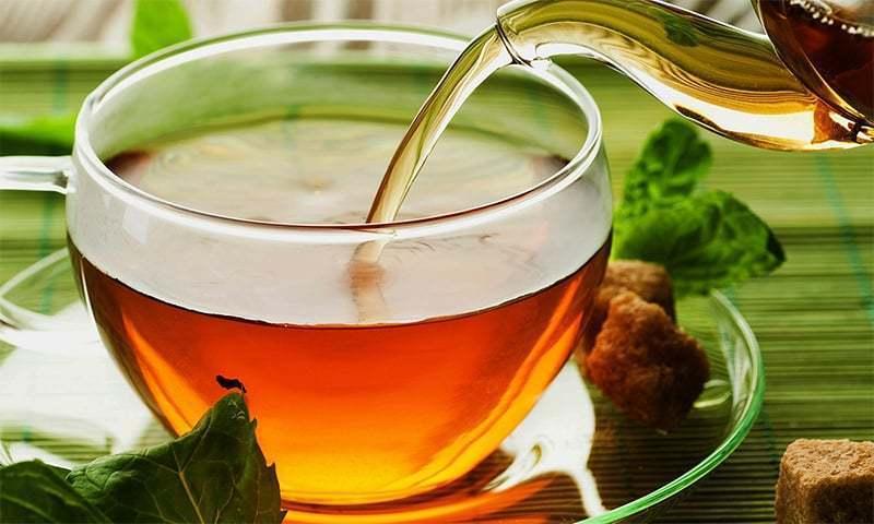 سبز چائے — رائٹرز فائل فوٹو