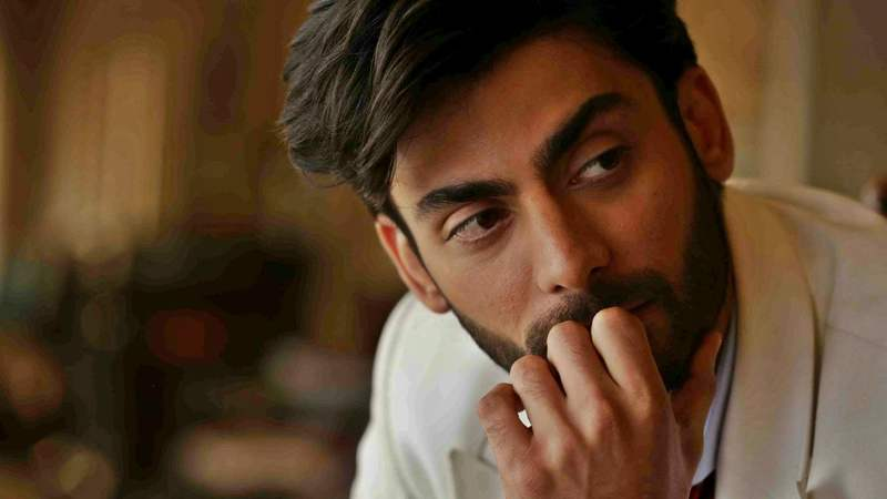 He's hot with those soft brown eyes and spiky eyelashes and slow smile. You might almost never notice His Hotness until you suddenly do and then you notice little else, like how we never noticed him in Khuda Kay Liye, then went, hell-lo and kept noticing.