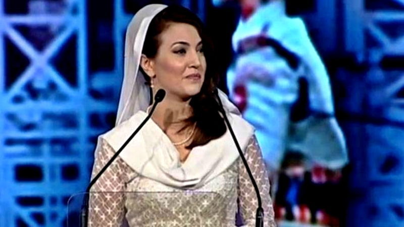 "Reham responded to claims about changing her appearance for the sake of public image: ""I wear a white chadar because that's the Pakhtun identity."""