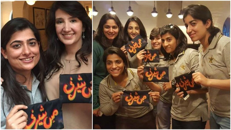 """The team received giveaways with the slogan 'Mein Sherni', which translates to """"I am a lioness' - Photos courtesy Girls At Dhabas"""