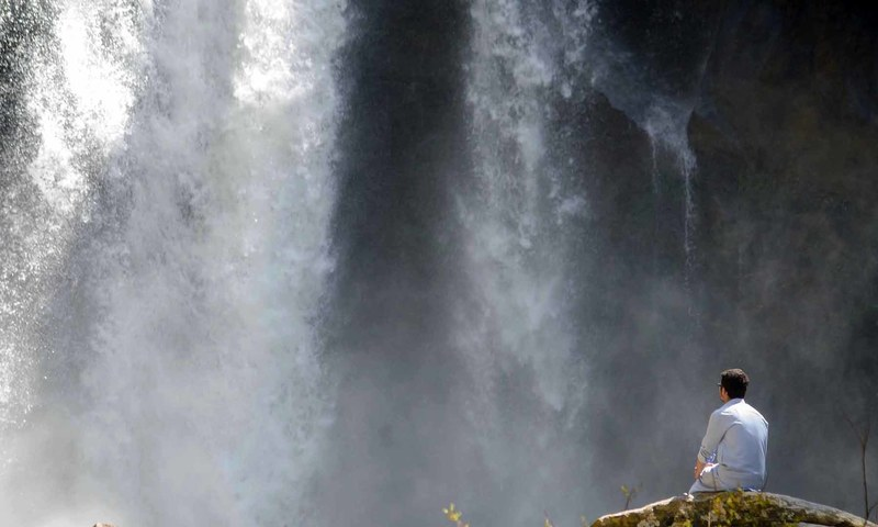 شنگرئی: سوات کی گنگناتی آبشار