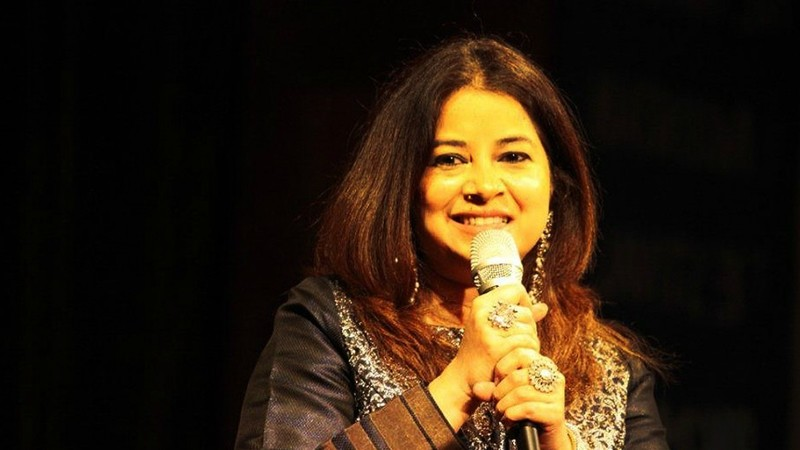 She names Atif Aslam and Ghulam Ali sahib as some of the greats of the Pakistani music industry