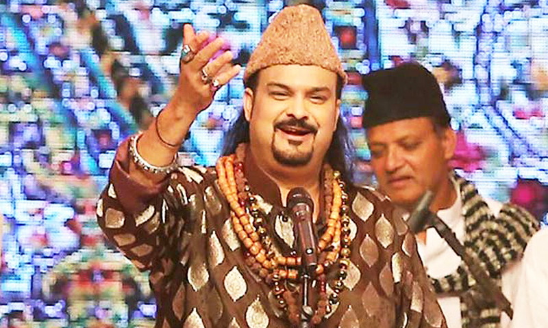 Amjad Sabri during a performance in 2015.