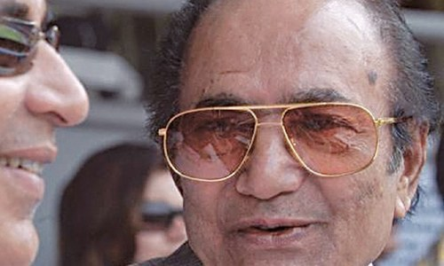 Cricket great Hanif Mohammad fights for life at Karachi hospital