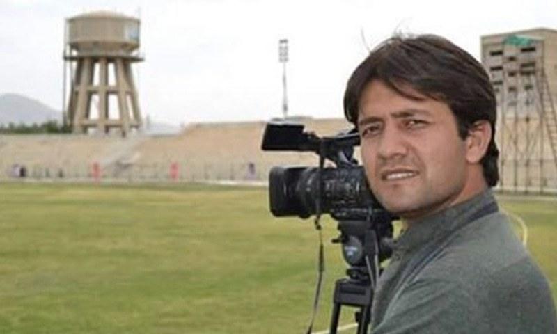 محمود خان گزشتہ سات برس سے ڈان نیوز سے وابستہ تھے— فائل فوٹو