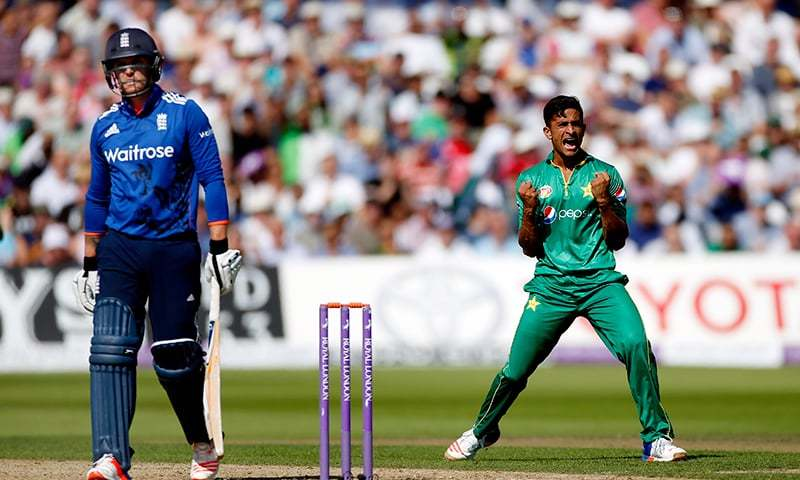 Roy, after scoring 15 off 19 balls, gloved the 38th ball in the air for Sarfraz Ahmed to safely collect it. — Reuters