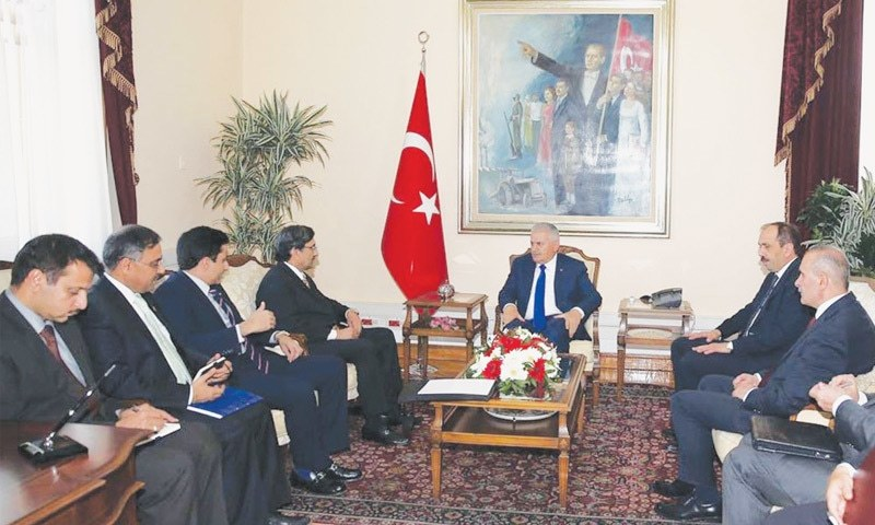 ANKARA: The prime minister's special envoys Muhammad Pervez Malik and Mohsin Shah Nawaz Ranjha meet Turkish Prime Minister Binali Yıldırım  on Tuesday.—INP