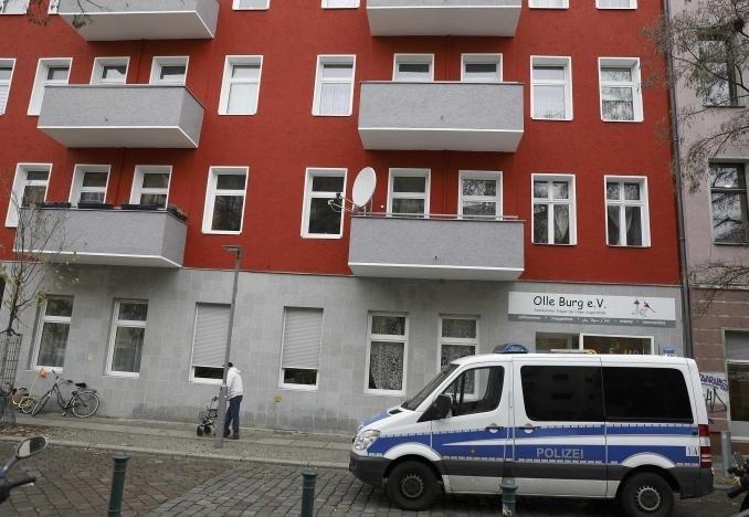 A German police van stands in front of a house in Berlin November 15, 2016. REUTERS/Pawel Kopczynski