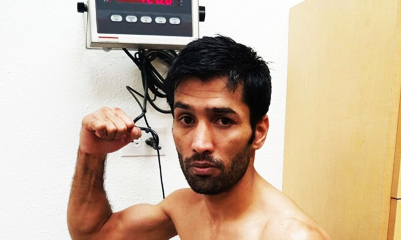 Mohammad Waseem, also known as Falcon Khan, scores 111 points during the 12 rounds fight.—wbc website