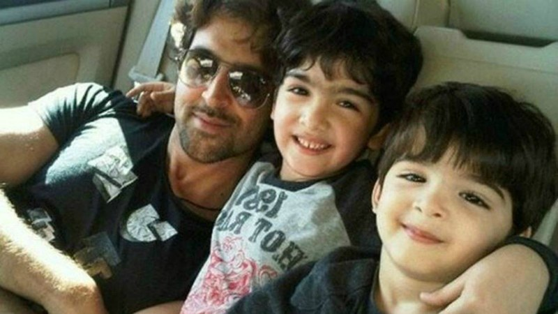 Hrithik Roshan and his tiny tots, Hrehaan and Hridhaan