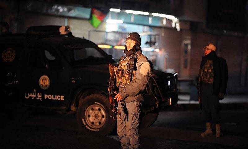 سرکاری عمارات کی سیکیورٹی عموماََ کافی سخت رکھی جاتی ہے—فوٹو: اے ایف پی