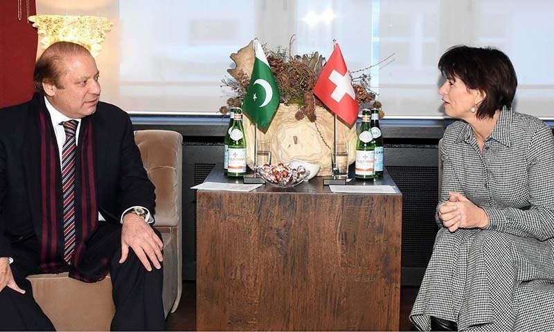 Prime Minister  Nawaz Sharif met President of  Swiss Confederation, Doris Leuthard  at Davos. ─PPI