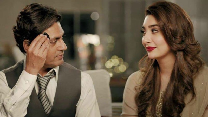 This is the first time the Bollywood actor (L) has appeared in a Pakistani ad