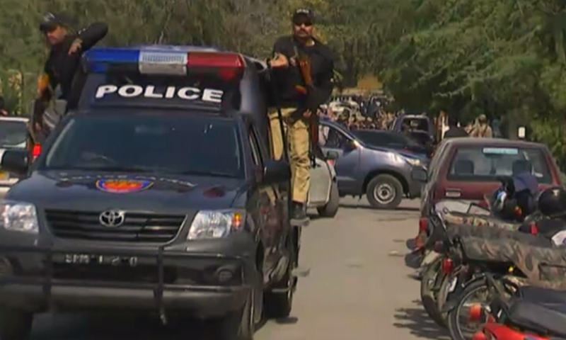 One killed in Firing near Afghan consulate in Karachi