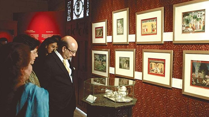 AJK President Sardar Masood Khan views the exhibits on display at the Mohatta Palace Museum on Sunday. Photo: White Star