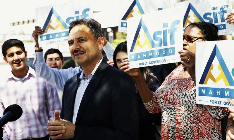 Dr. Asif Mahmood announces he is joining the 2018 race for California's lieutenant governor in front of the downtown federal building that houses a US Immigration and Customs Enforcement field office.—AP