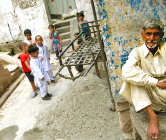 Rawalpindi Streets: Walking Through Rawalpindi's Bhabra Bazaar Was A Journey