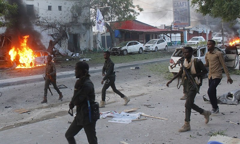 Vehicle bomb hits Mogadishu cafe, killing 5, say Somalia police