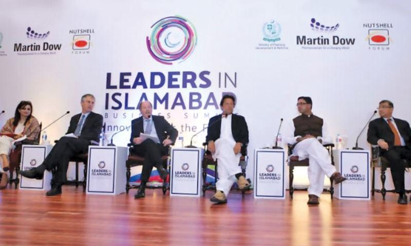 L to R: Ammara Tasnim, Victor Mallet, John Andrews, Imran Khan, Muhammad Azfar Ahsan and Rustom Boga featured in the list of speakers at the Leaders in Islamabad – Business Summit.