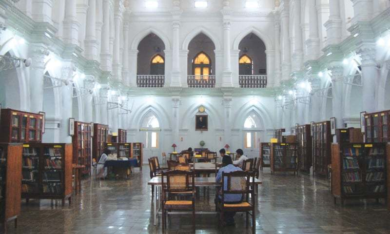The arches in the library's main hall are a throwback to the the Bahawalpuri nawabs' aesthetic | Photos by the writer