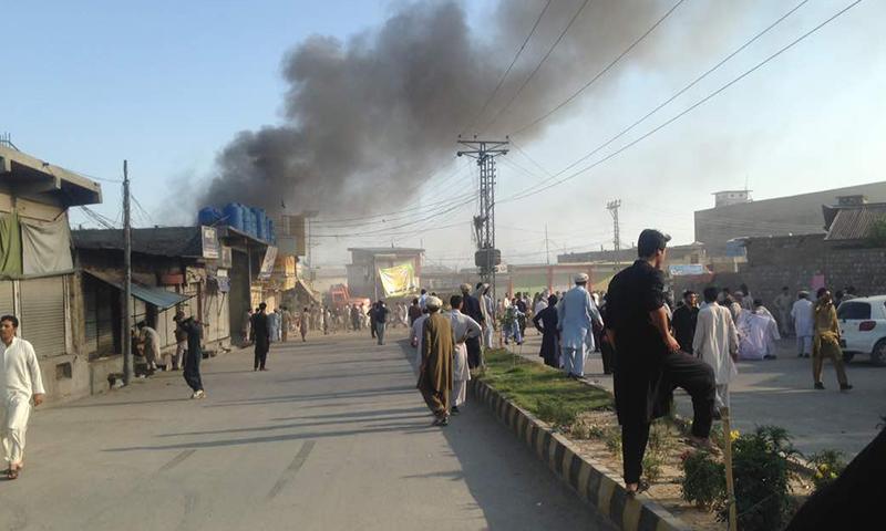 پارا چنار میں خودکش حملوں اور دھماکوں میں 48 افراد جاں بحق اور 100 سے زائد زخمی ہوئے