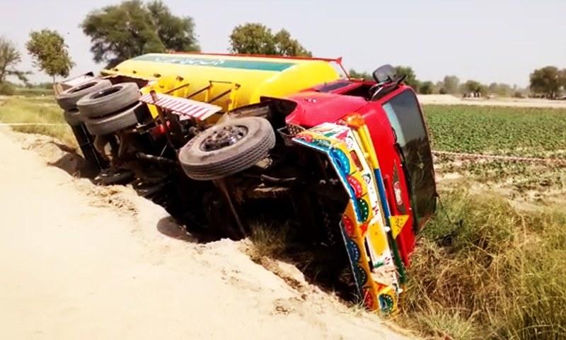 The tanker flipped over in Vehari's Burewala Road on Sunday. ─ DawnNews