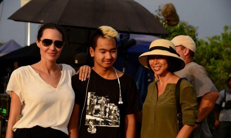 Angelina Jolie, Maddox Jolie-Pitt and Loung Ung | Pax Thien Jolie Pitt, Netflix