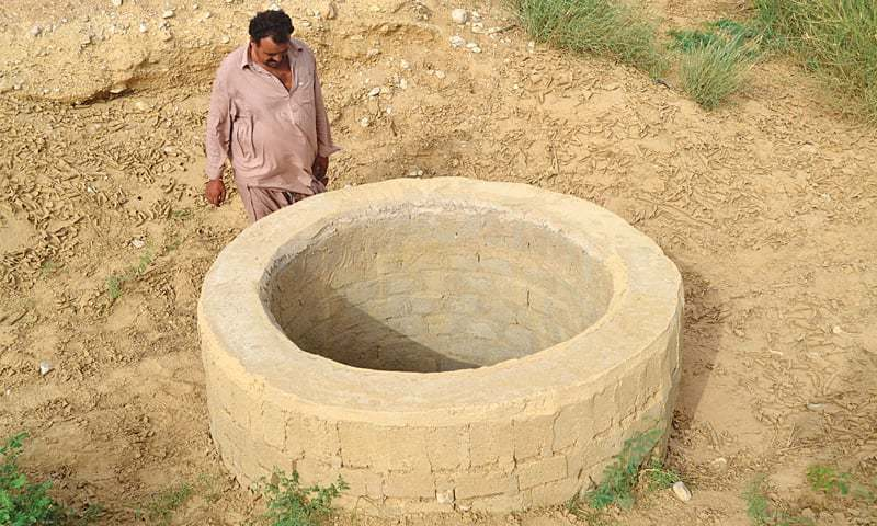 A VILLAGER looks at the groundwater well in a village downstream the Darawat dam on its left side that has gone dry.—Photo by writer