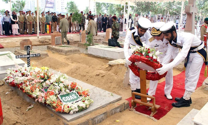 Navy's Chief of Staff Vice Admiral Zafar Mehmood laying wreath at the grave of Dr Ruth Pfau. —Online