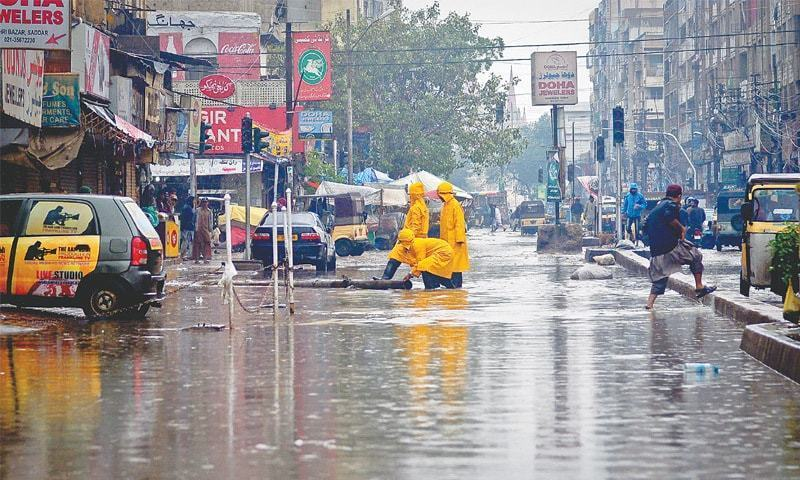 Rain paralyses trade, industrial activities in Karachi
