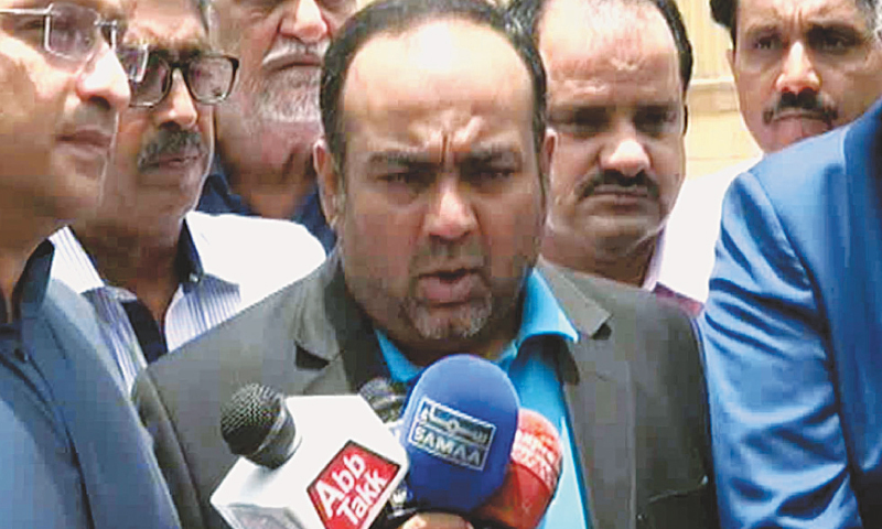 MQM's Khawaja Izhar escapes assassination attempt, guard and passer-by killed