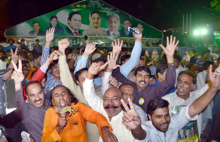Lahore celebrates Kulsoom's victory in NA-120 by-poll