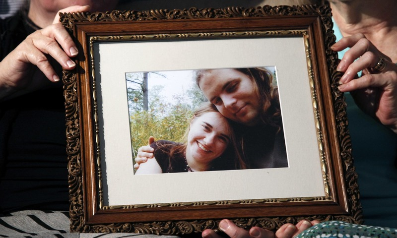 Linda Boyle's mother and Lyn Coleman hold photo of their married children, Canadian citizen Joshua Boyle and American citizen Caitlan Coleman, who were kidnapped by the Taliban in late 2012.  — AP/File
