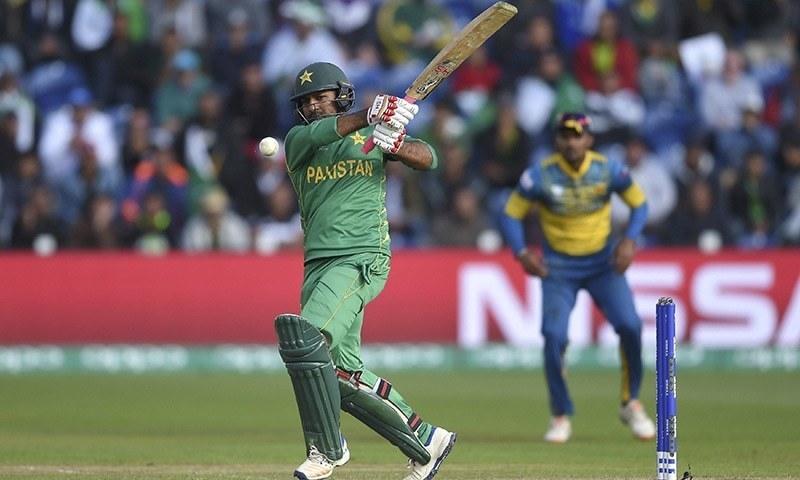 پاکستان اور سری لنکا کے درمیان آخری ون ڈے میچ چیمپیئنز ٹرافی میں کھیلا گیا تھا جس میں پاکستان نے سنسنی خیز مقابلے کے بعد کامیابی حاصل کی تھی— فائل فوٹو: اے ایف پی